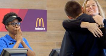 Paga-con-Amor-en-McDonalds