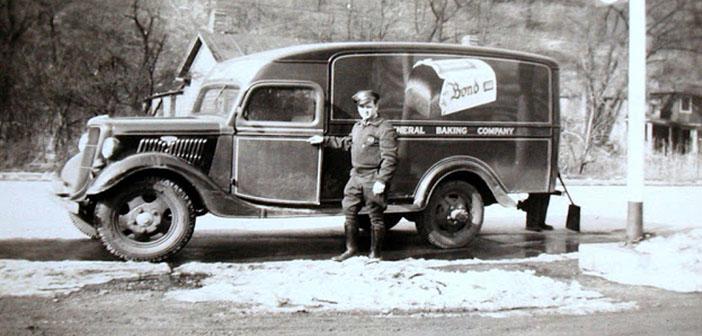 Carro de pan Bond, década de los 40