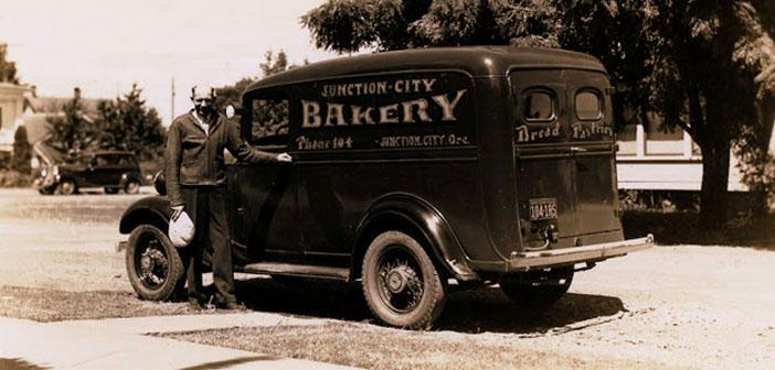 Furgoneta Chevrolet Panel, furgoneta de la panadería Juction City, Oregon, aproximadamente 1935