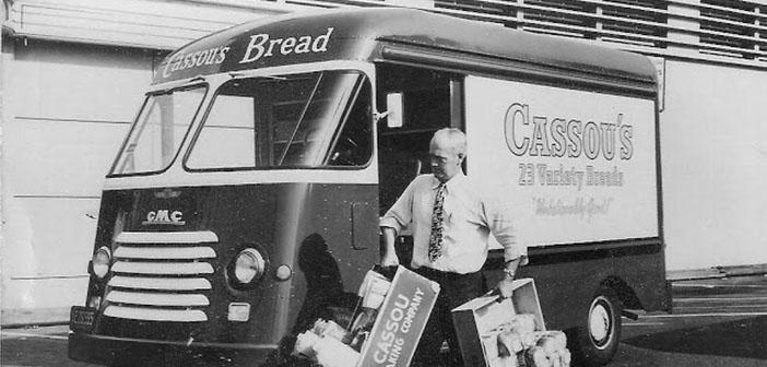 Furgoneta de pan de Cassou, década de los 50
