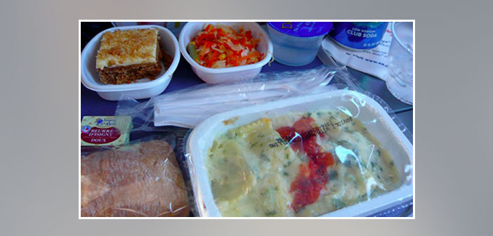 American-Airlines---Dinner-in-economy-class
