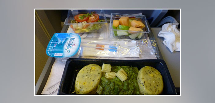 KLM---Dinner-in-economy-class