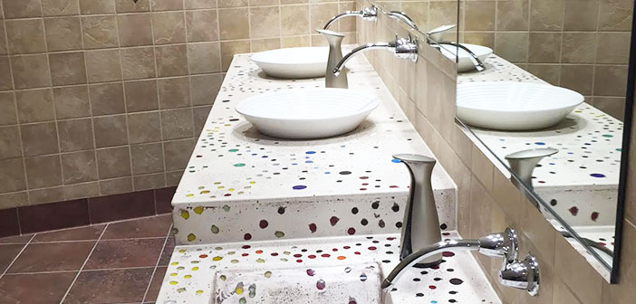 Hamilton, Ohio: los baños fueron diseñados por el artista Cincinnati Ene Marrón Checco.
