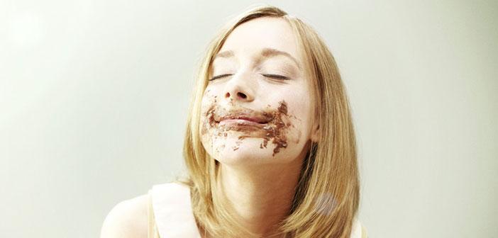En Reino Unido, las mujeres no pueden comer chocolate mientras viajan en transporte público.