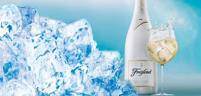 Ahora el cava también se puede disfrutar con hielo, en copa balón, e incluso puedes mezclarlo con tu propia selección de frutas de temporada en el caso del reciente presentado Freixenet ICE.