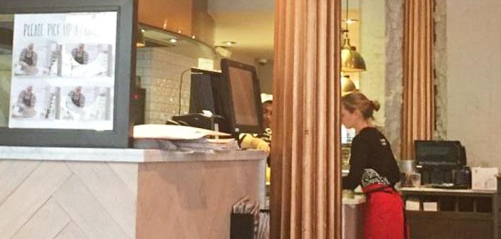 Los restaurantes buscan servicios muy rápidos, así que aparte de los TPV´s en las horas punta del restaurante se amplía el personal.