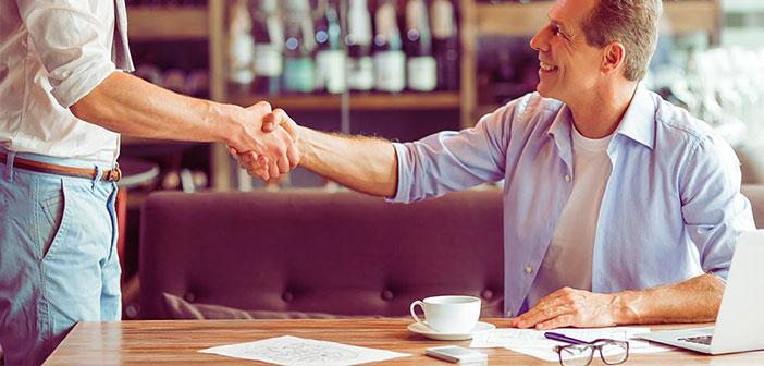 Cualquier propietario de un restaurante debería estar informado de cuál es la última tecnología en TPV, un sistema de ayuda al hostelero que suele incluir todas las herramientas necesarias para gestionar un negocio, facilitando la tarea de control, gestión y reporte.
