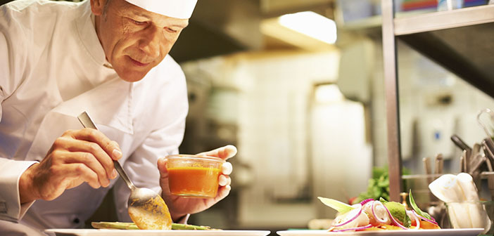 Muchas cocinas tienen una relación directa con la textura en la elaboración de sus platos. Las técnicas más vanguardistas buscan combinar elementos con diferentes temperaturas y texturas generando contrastes muy interesantes.