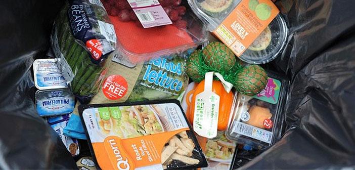 En España, por ejemplo, los restaurantes, los servicios de catering, las cafeterías acumulan más de 63.000 toneladas de comida sobrante a lo largo del año y que terminan equivocadamente en la basura.