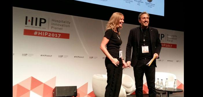 Diego Coquillat participó como ponente y presentador en el área de Marketing y Comunicación, en la sala número uno. Ha sido el encargado de dirigir y presentar el Summit relacionado con Comunicación y Marketing.