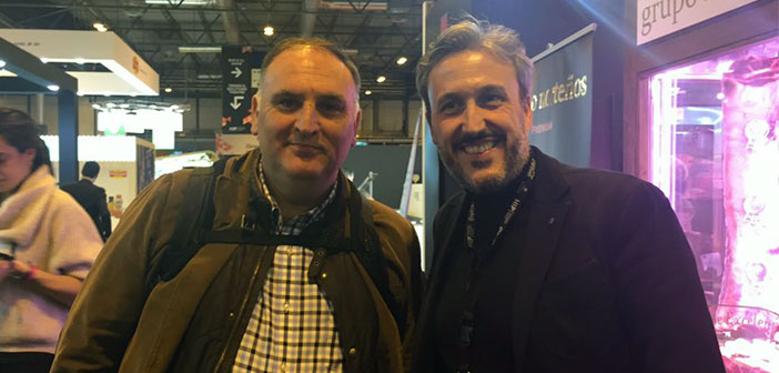Diego Coquillat y el Chef José Andrés tras la conferencia del cocinero Asturiano con pasaporte estadounidense.
