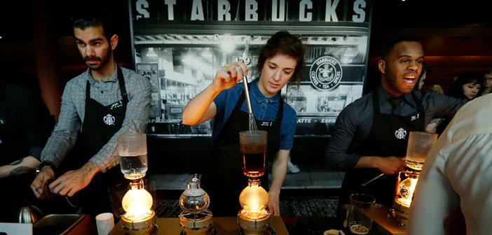 Recientemente, ha sido noticia la nueva política de vestimenta de Starbucks.