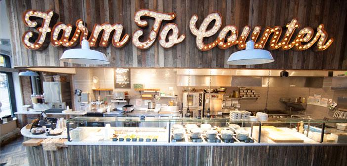 El restaurante ha ganado gran parte de su fama gracias a sus cultivos orgánicos, puesto que no se limitan a repoblar sus tierras con alimentos tradicionales, sino que también agregan aquellos que su gerente de sostenibilidad.