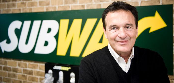 La historia de Subway se remonta a 1965, cuando Fred De Luca, ante la necesidad de conseguir dinero para entrar en la universidad, decidió pedirle consejo a un amigo de la familia, el Dr. Peter Buck, y le propuso abrir un restaurante de sándwiches preparados en el momento.