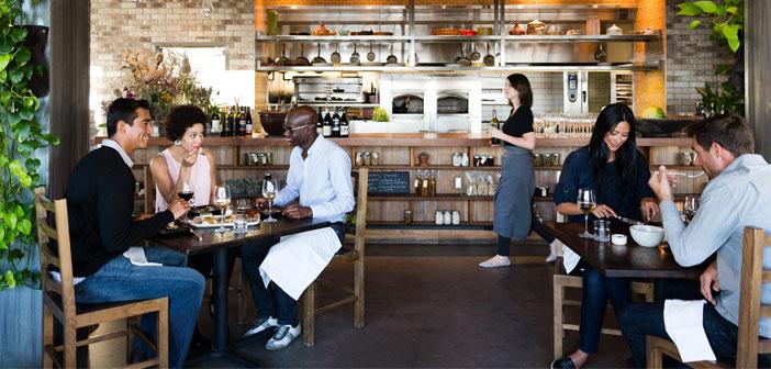 Un 21% de los encuestados ve una amenaza importante en la comida preparada que los clientes pueden comprar en los supermercados y en las tiendas de alimentación, principalmente porque los costes de los alimentos en los restaurantes han crecido un 2,7% en el 2016.
