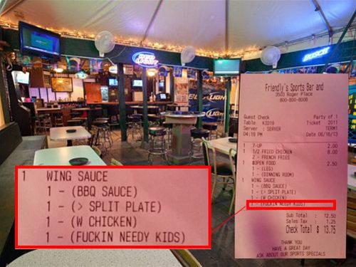 Mal comportamiento de niños en los restaurantes