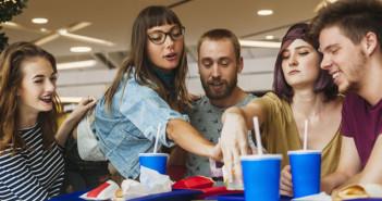 10 trucos para comer gratis en restaurantes... o casi