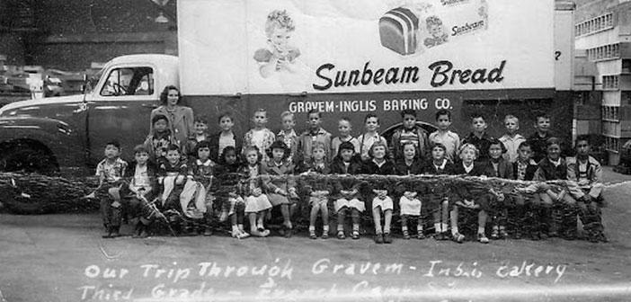 Camión-de-pan-de-Sunbeam,-década-de-los-50