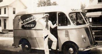 Carro de panadería de Schaible, Easton, PA, aproximadamente finales de la década de 40, principios de la década de 50