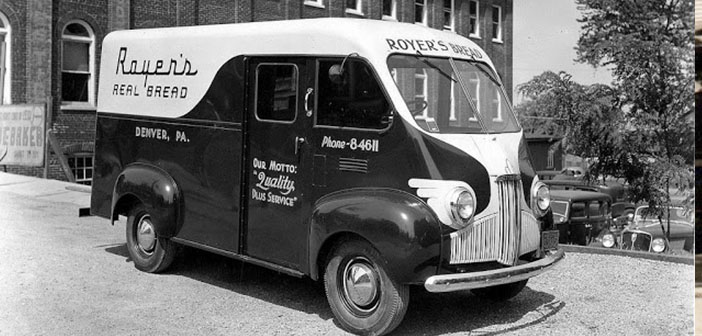 Royer bread van, Denver, PA, approximately 1941