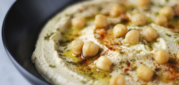Hummus, restaurant dish that unites Arabs and Jews