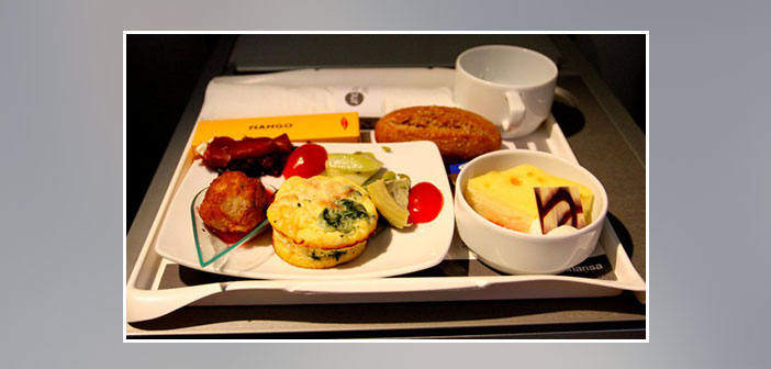 Lufthansa---Dinner-in-business-class