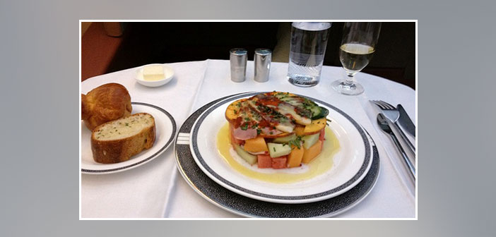 Singapore-Airlines---Dinner-in-first-class