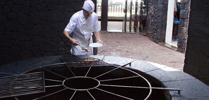 On the Canary island of Lanzarote is the restaurant El Diablo, a grill that uses the heat that comes from the depths of Timanfaya,