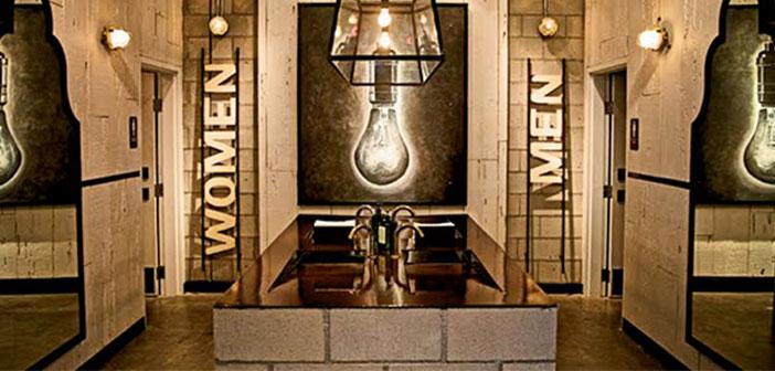 Ocean Beach, Californie: salles de bains pour ce restaurant, designer Philippe Beltran a incorporé un style rétro.