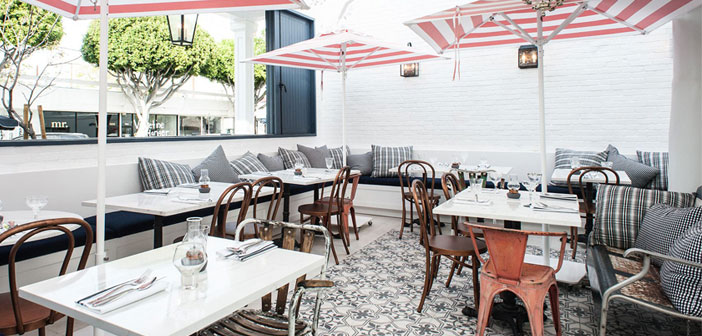 Au Fudge restaurant appartenant à l'actrice Jessica Biel à Los Angeles. Un exemple d'un espace multi-gastronomique, convivial pour les enfants et le marché.