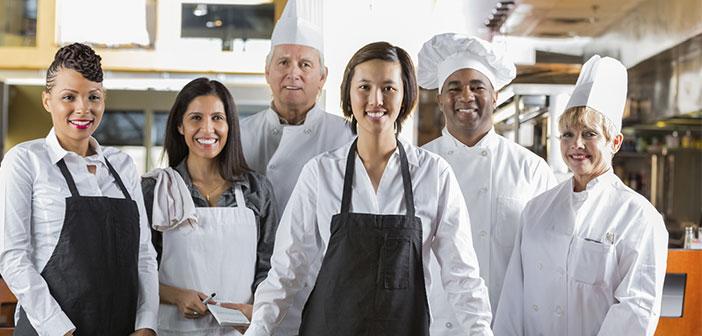 Rodéate de camareros de buen nivel y bien formados, que puedan enseñarse los unos a los otros y llegar a formar un gran equipo.