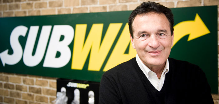 Subway's history dates back to 1965, when Fred De Luca, given the need to get money to get into college, He decided to ask the advice of a family friend, The doctor. Peter Buck, and proposed opening a restaurant sandwiches prepared at the time.