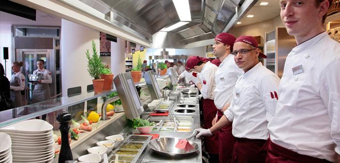 Vapiano, en dépit offrant une cuisine italienne, Il est d'origine allemande, et il a son siège à Bonn. Ils ont plus 150 restaurants, y compris 6 en France et 54 Allemagne, où a été fondée la société en 2002.