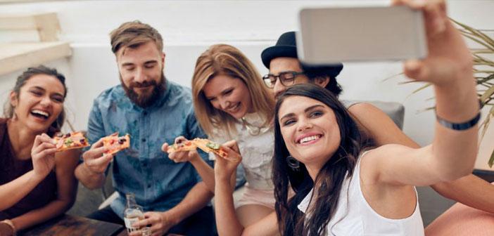 « La plupart de ces demandes ont été faites pour commander le dîner, par sous 35 ans (millennials) et les gens qui ont un revenu moyen supérieur. Ce sont les utilisateurs qui font plus de commandes numériques « sources ont souligné le groupe chargé de cette étude.