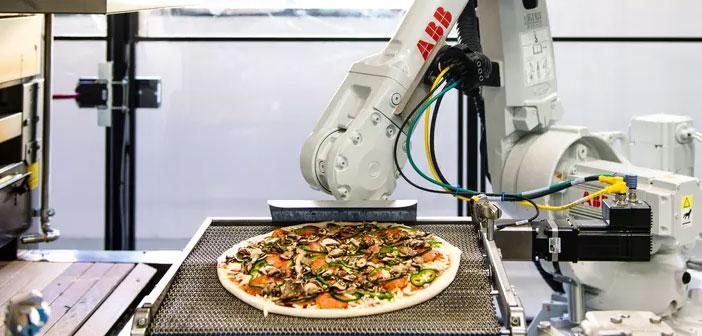 Zume Pizza es una cadena de restaurantes que ha empezado a usar robots e inteligencia artificial para poder producir 372 pizzas when. Esta pizzería sirve por toda California apoyándose en UberEats para hacer las entregas.