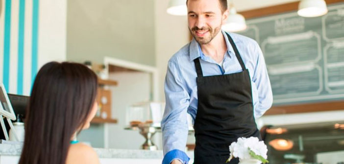 Every restaurant must schedule their shifts and schedules workers, and so we find a wide variety of management styles, depending on the circumstances of each company.