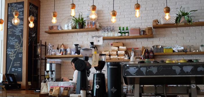 """Una de las principales tendencias a tener en cuenta es la irrupción del """"Customer Centric"""", o el cliente como centro del negocio. Como clientes, puestos en el centro, como seres únicos (con nuestras alergias y nuestras intolerancias), pertenecemos a diferentes comunidades (grupos de consumidores)."""