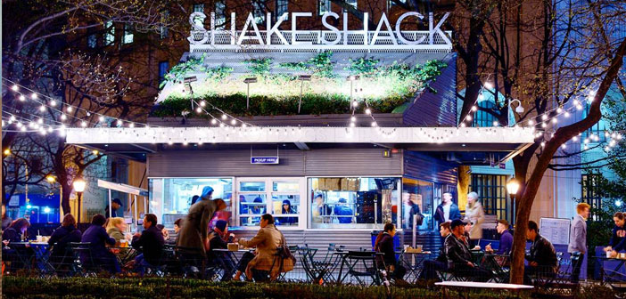 Y, the comments? repeat, they are the same, and again: I love this burger!, ¡Delicious!, I need a Shake Shack!, ¡Oh, it's a sin!, I miss them! There are those who dream of flying to the United States to eat a classic Shack on the site itself where the chain was born, Madison Square Park in New York.
