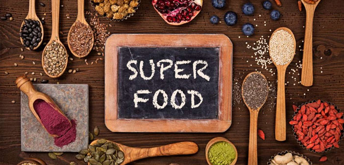 Los súper alimentos, conocidos como superfoods, aportarán a tu dieta alimenticia muchos de los nutrientes que necesitas para disfrutar de una dieta saludable.