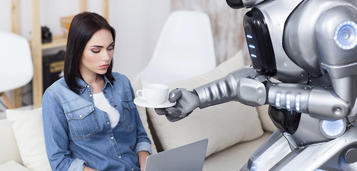 We have long been in the digital and technological environment of restaurants hearing about robots robots waiters or chefs, but maybe, with cases like Google Duplex, It is time to start talking about the customers robot, as those digital assistants that will replace some repetitive actions or lacking value to customers own.