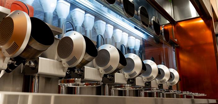 El restaurante Spyce es uno de los primeros establecimientos donde los platos son preparados enteramente por robots. Todo un hito para la ciudad de Boston, pero también para los robots de cocina, pues los modelos que adornan los fogones en el Spyce son los primeros capaces de preparar platos complejos.