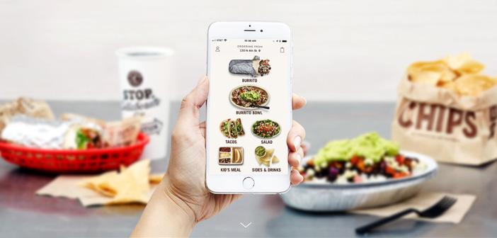 Chipotle traslada el kiosco de pedido a su app para mejorar el auto servicio desde el coche del cliente