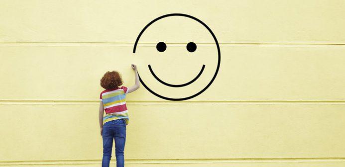 Félicitations positif qui devrait avoir quelqu'un qui, en accueil, Ils travaillent à l'avance les clients sont: social (imprescindible), coopérative essentiele) et intellectuel (souhaitable).